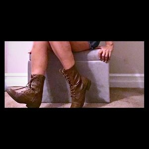 Charlotte Russe Ladies Boots